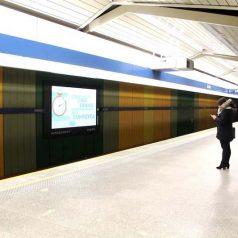 Warszawa spoty na stacji Metra Imielin