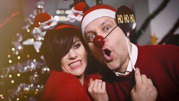 Śpiewające życzenia świąteczne od Medi-Cover Band!